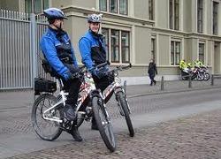 Normal_politie_te_fiets
